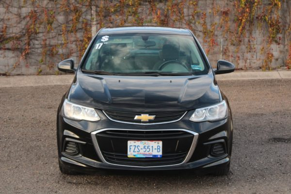 Chevrolet-Sonic-2017-STD-28-Mil-Kms-frontal